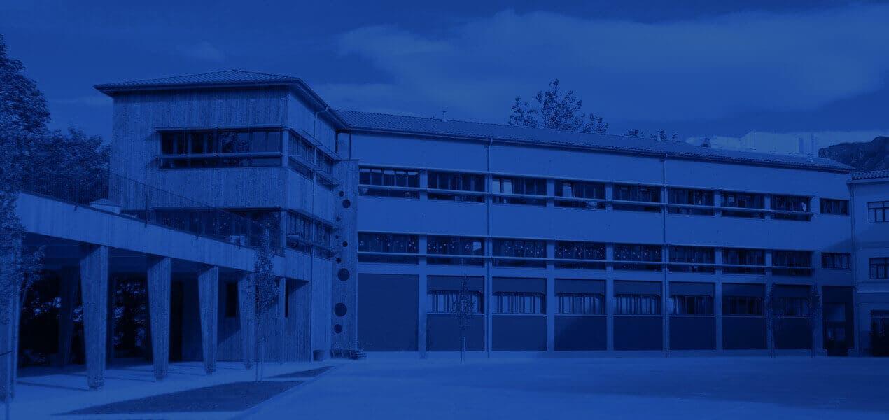 Rehabilitación energética de fachada con Sistema de Aislamiento Térmico por el Exterior (SATE) en Ikastola Laskorain (Tolosa)