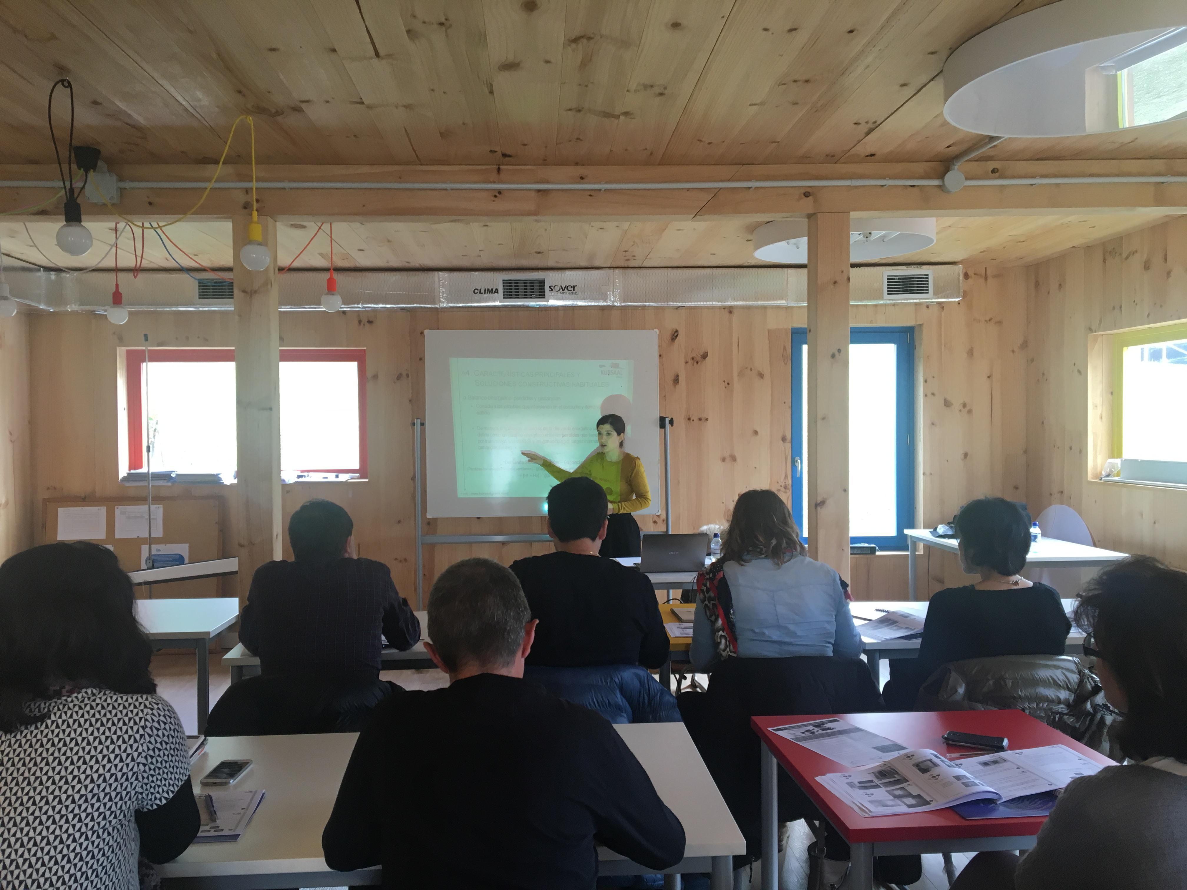 """foto noticia: Kursal Green hemos impartido el curso """"Rehabilitaciones de consumo Casi Nulo"""" para trabajadores de la diputación"""