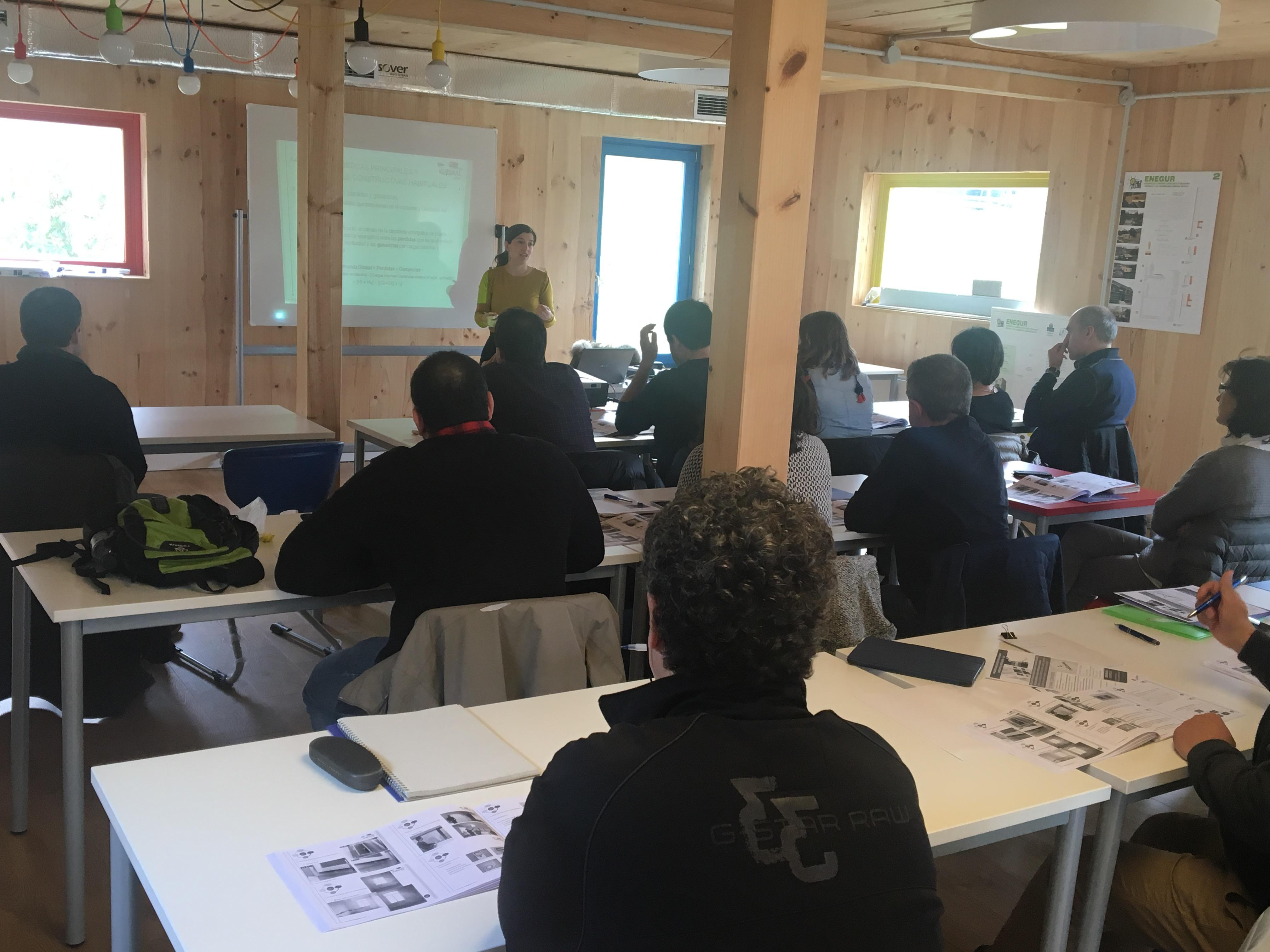 imagen 2 de noticia: kursal-green-hemos-impartido-el-curso-rehabilitaciones-de-consumo-casi-nulo-para-trabajadores-de-la-diputacin