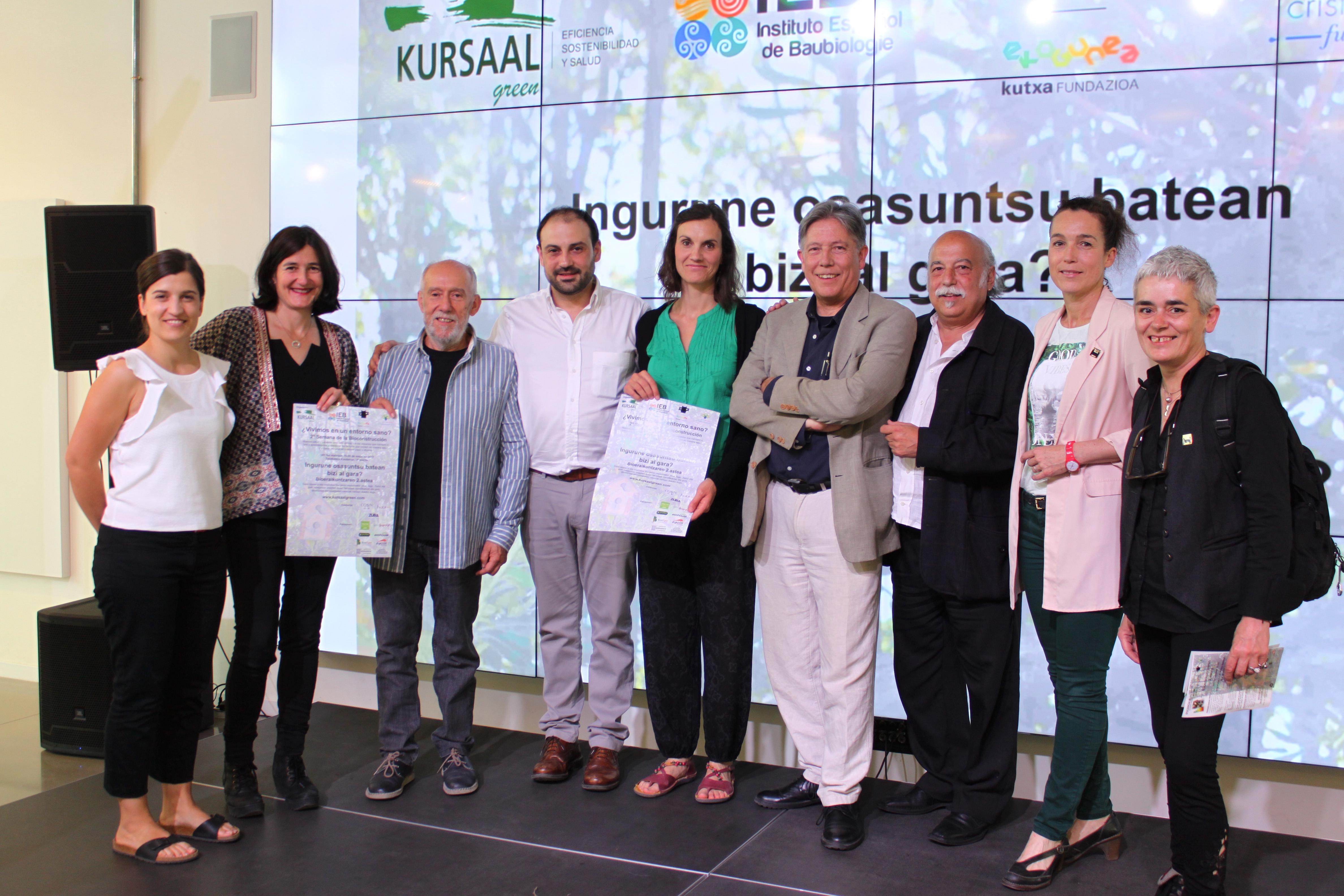 foto noticia: Inauguramos la 2ª Semana de la Bioconstrucción organizada por Kursaal Green, IEB, Cristina Enea y Ekogunea