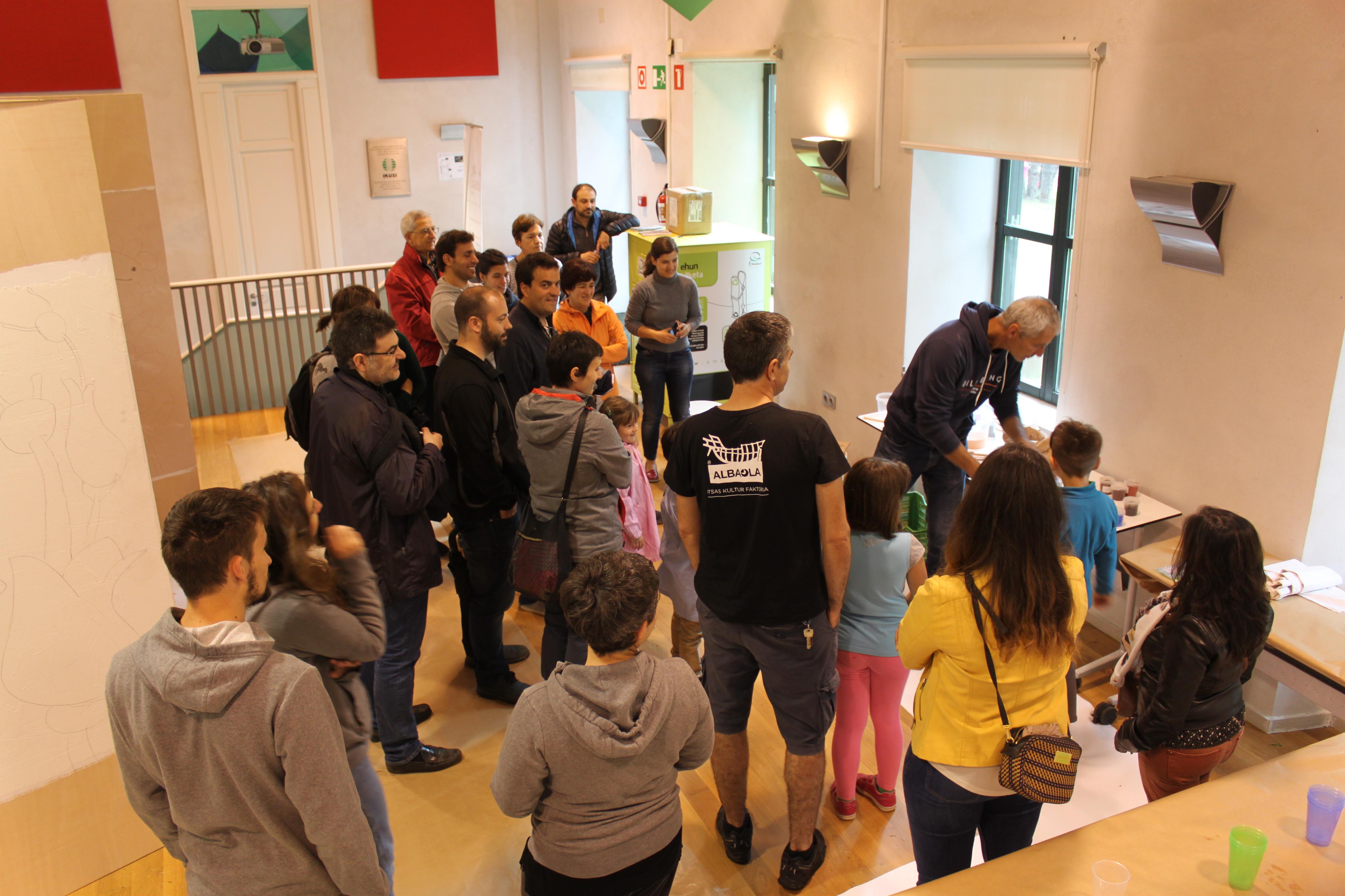 imagen 2 de noticia: los-talleres-cierran-la-2-semana-de-la-bioconstruccin-organizada-por-kursaal-green-ieb-cristina-enea-y-kutxa-ekogunea