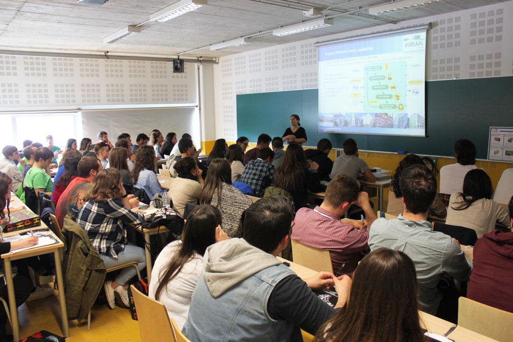 foto noticia: Kursaal Green presenta un taller sobre bioconstrucción en el Congreso Nacional de Estudiantes de Arquitectura