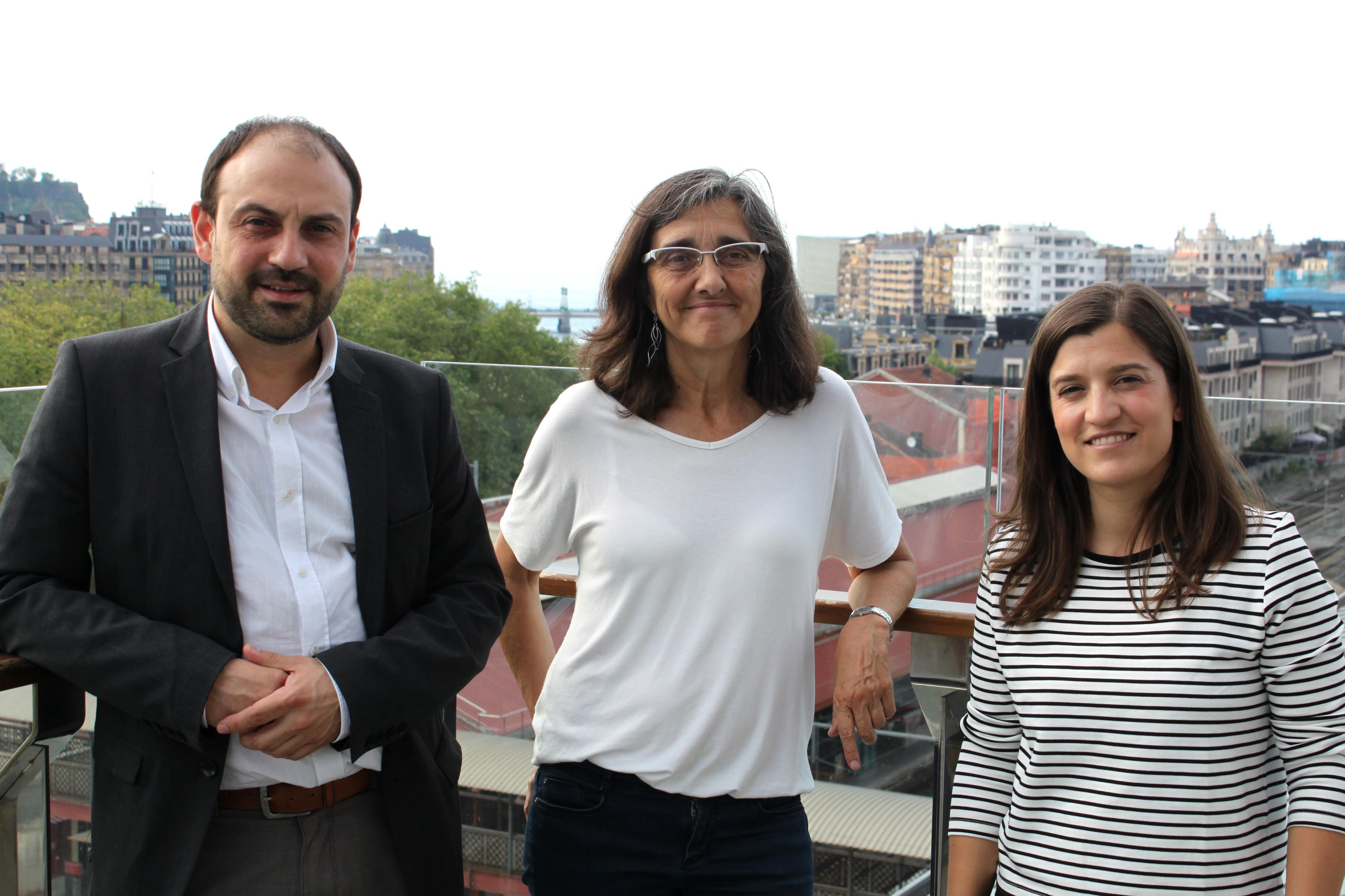 foto noticia: 2ª Jornada Semana de la Bioconstrucción. Kursaal Green junto a Carme Borrell, gerente de la Agencia de Salud Pública de Barcelona.