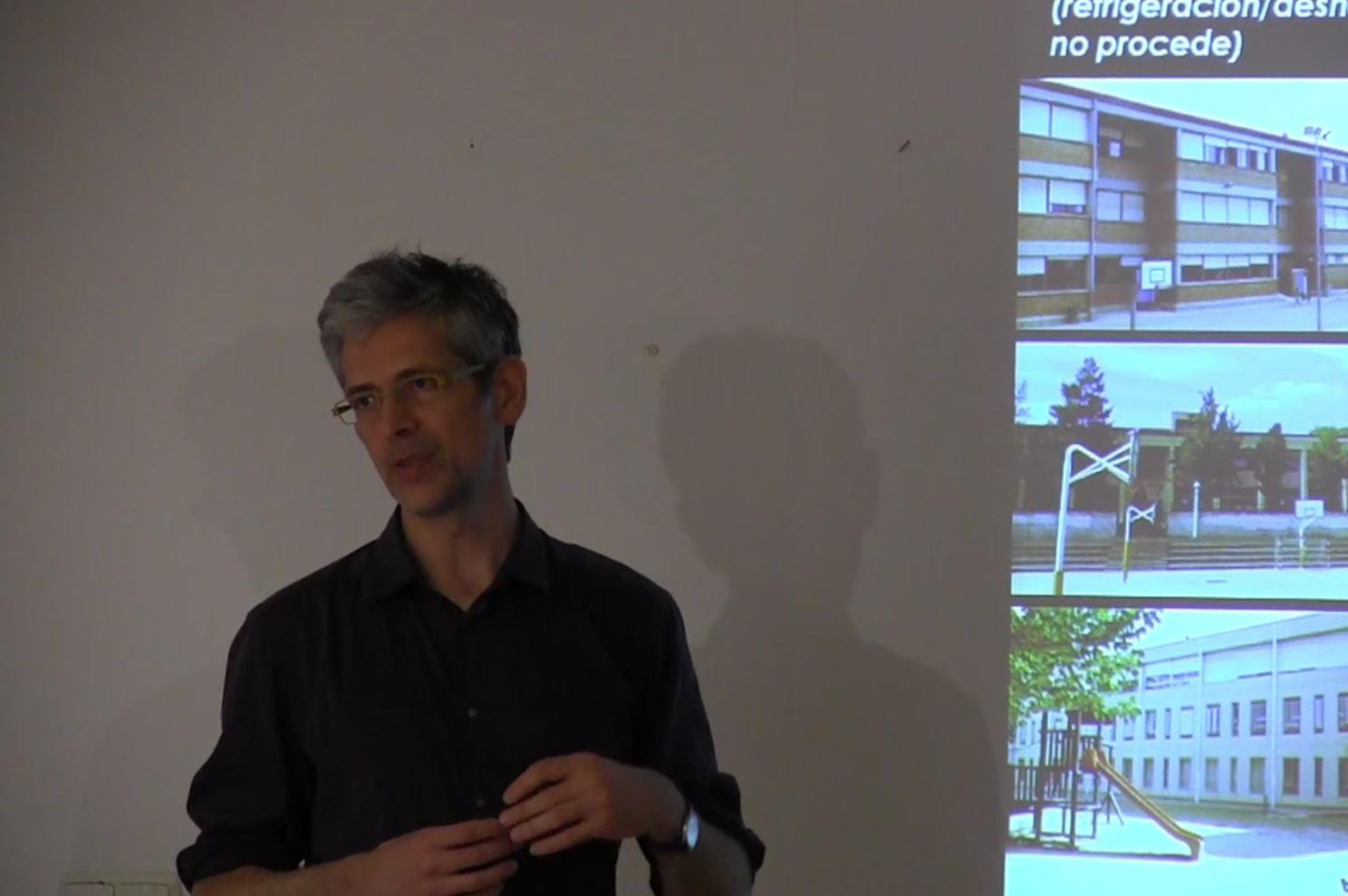 imagen 2 de noticia: xito-de-asistencia-en-la-jornada-passivhaus-estndar-y-rehabilitacin-organizada-por-el-coavn-kursaal-green-y-energiehaus