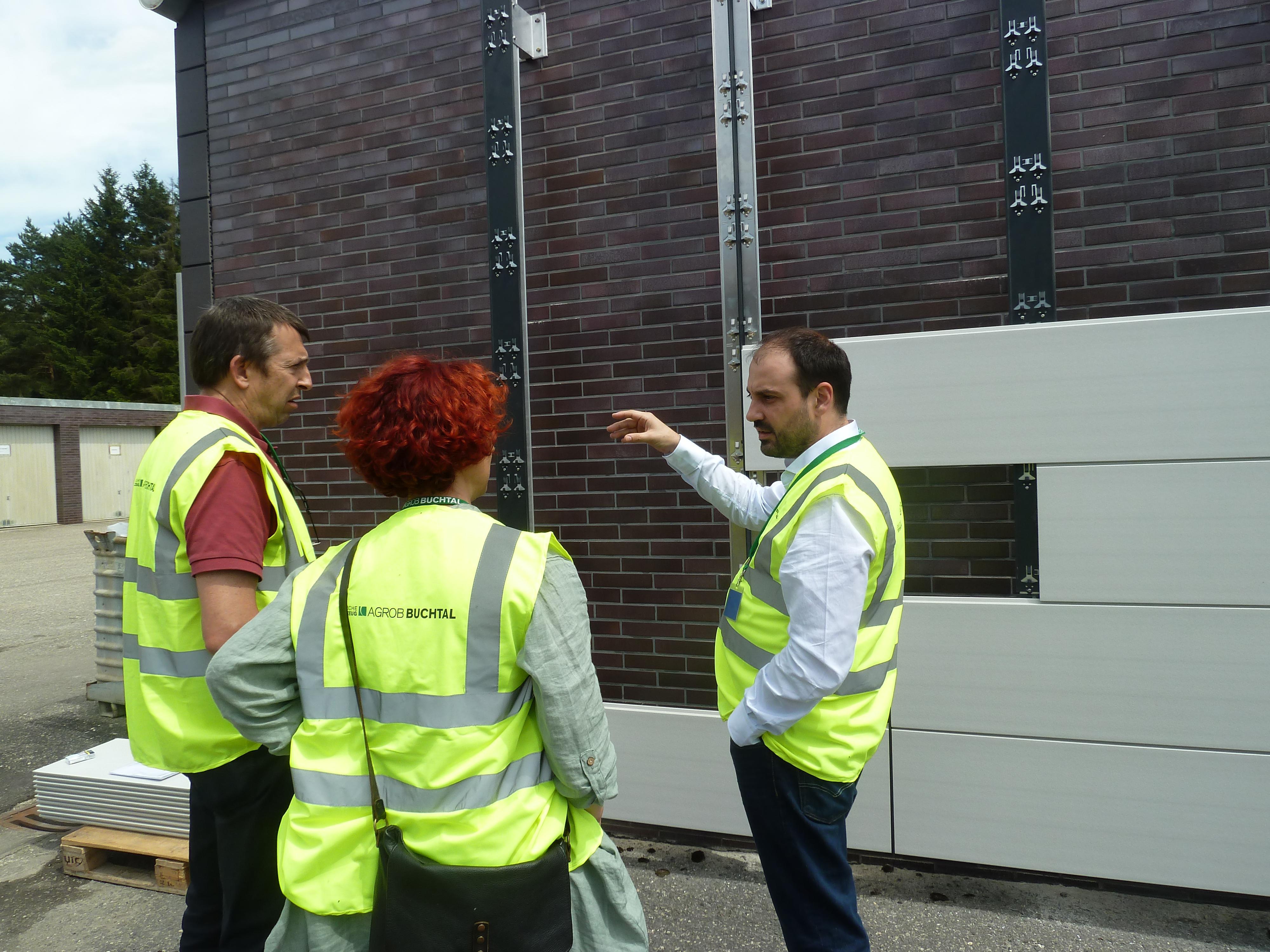foto noticia: Misión a Alemania para conocer las instalaciones de la fábrica Agrob Buchtal.