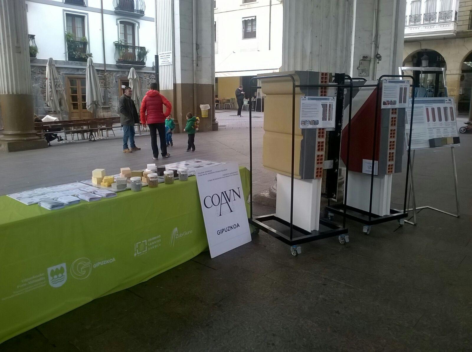 """foto noticia: Nueva edición de """"Energia Azoka"""" en Ordizia con nuestro material didáctico"""