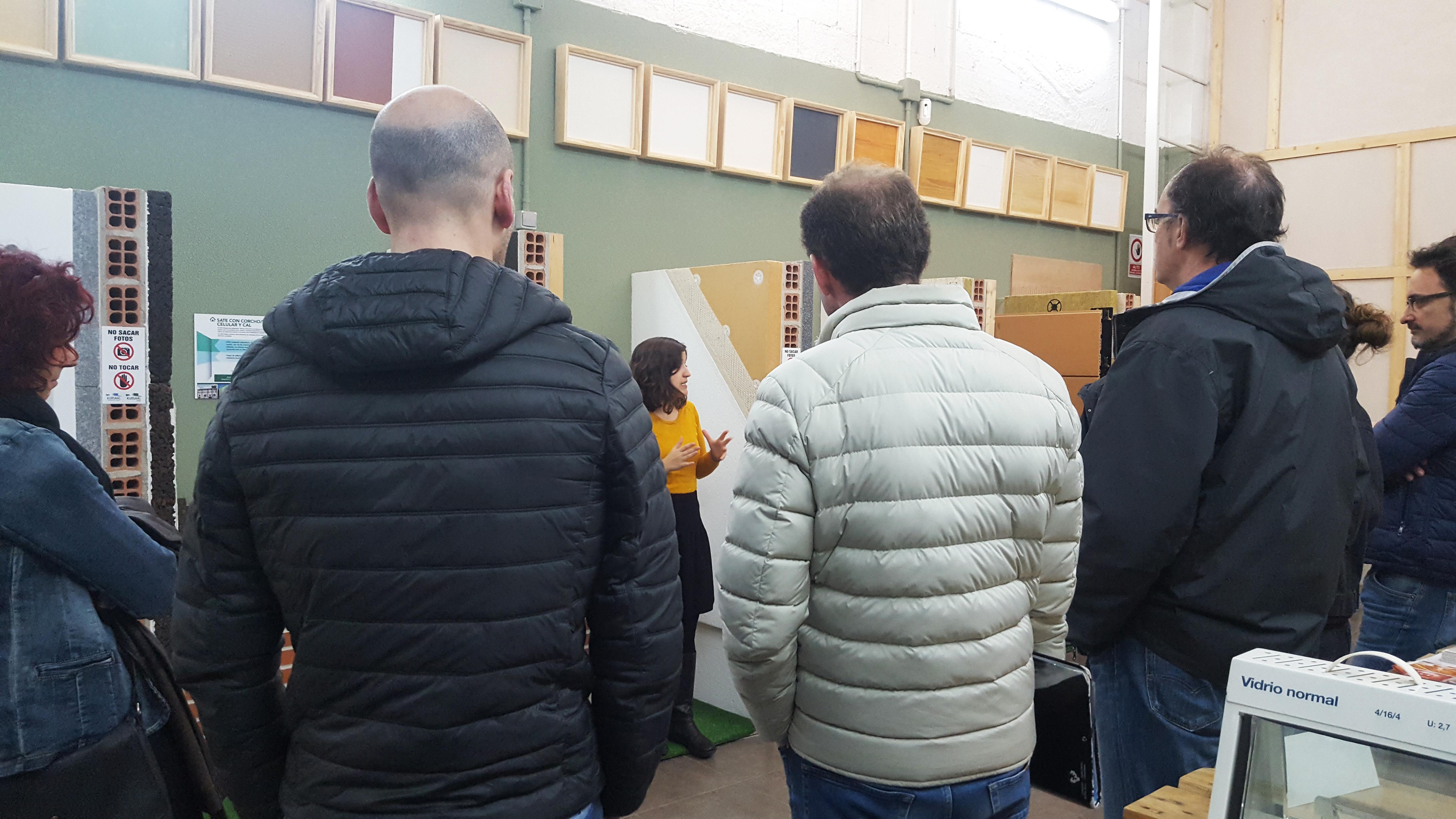 imagen de la noticia: Arquitectos y arquitectos técnicos visitan Kursaal Green Gela