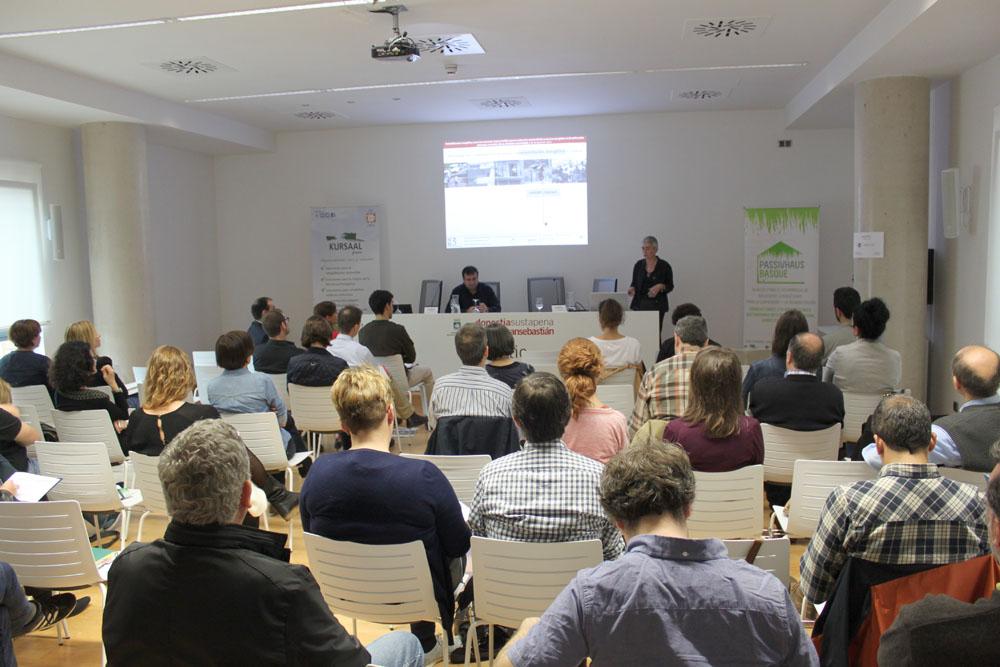 foto noticia: Así fue la jornada dedicada a la Rehabilitación Energética celebrada en el edificio ENERTIC