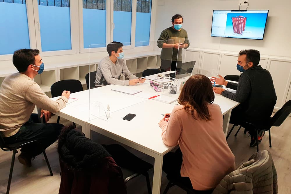 foto noticia: Nuestros técnicos de Kursaal se forman en materia BIM