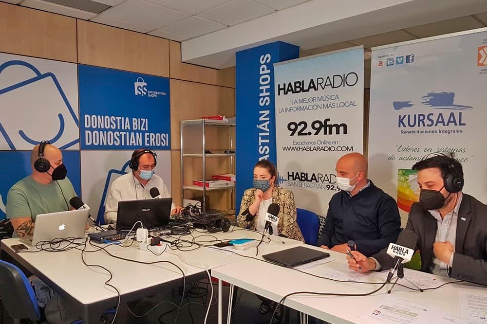 imagen 3 de noticia: presentamos-junto-a-san-sebastin-shops-el-estudio-de-calidad-del-aire-en-el-programa-el-recreo-de-habla-radio