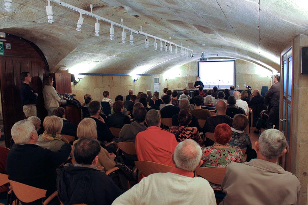 foto noticia: Intervenimos en la mesa redonda sobre la rehabilitación de viviendas Celebrada en Donostia