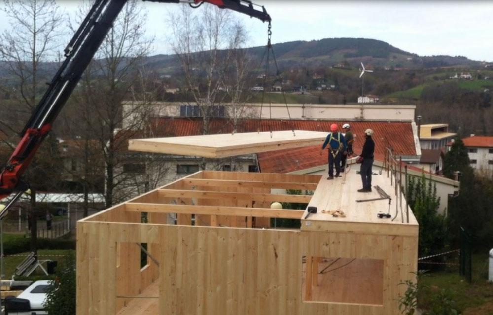 imagen 2 de noticia: la-construccin-del-edificio-de-madera-de-usurbilgo-lanbide-eskola-entra-en-su-fase-final