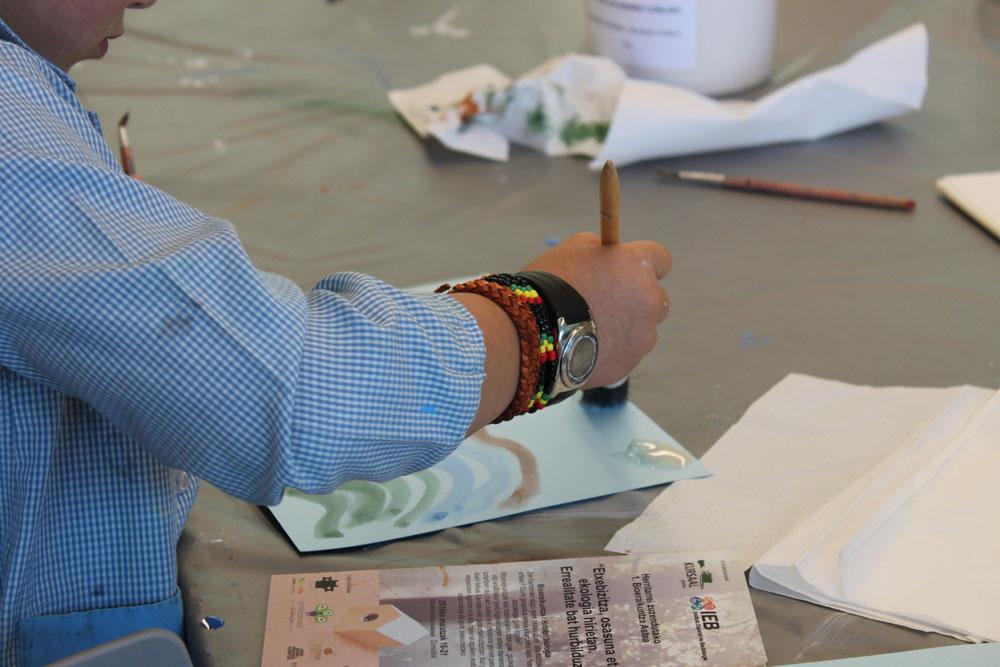 foto noticia: Los talleres cierran la I Semana de la Bioconstrucción de Donostia que organizamos