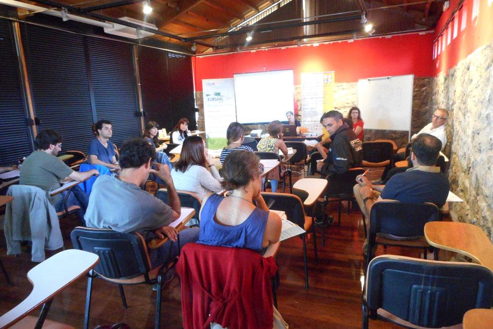 imagen 2 de noticia: participamos-en-los-cursos-de-verano-de-la-universidad-de-cantabria