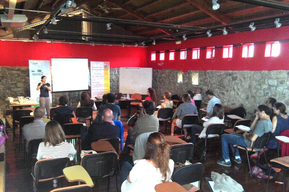 imagen 3 de noticia: participamos-en-los-cursos-de-verano-de-la-universidad-de-cantabria