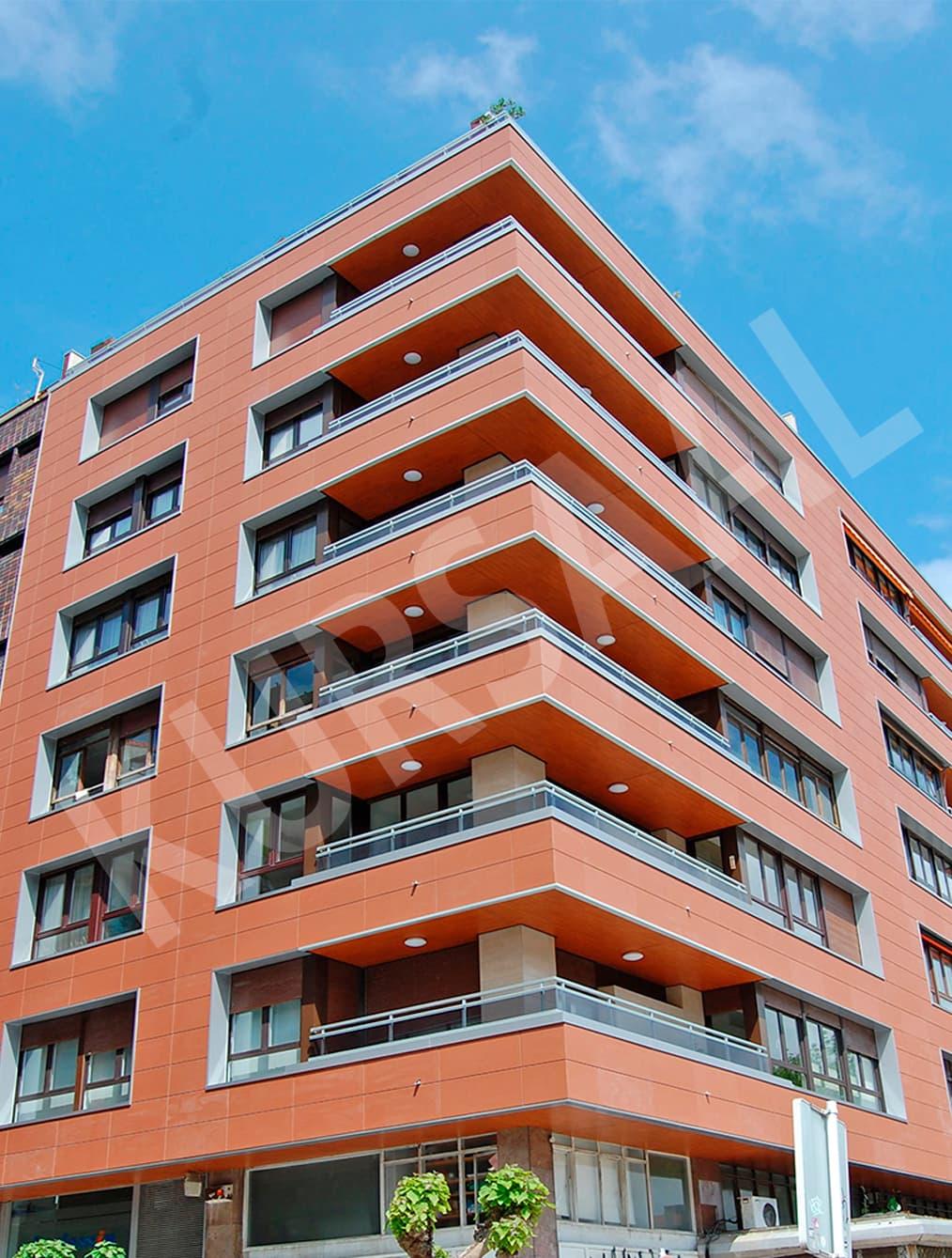 trabajo realizado en: Aislamientos Térmicos y Eficiencia Energética-FACHADA VENTILADA-DONOSTIA, GIPUZKOA-Ategorrieta 29